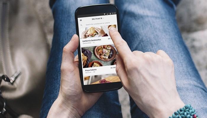 El empleo de las apps para servicios a domicilio