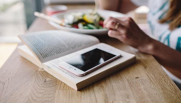 Las mejores aplicaciones para leer desde el móvil