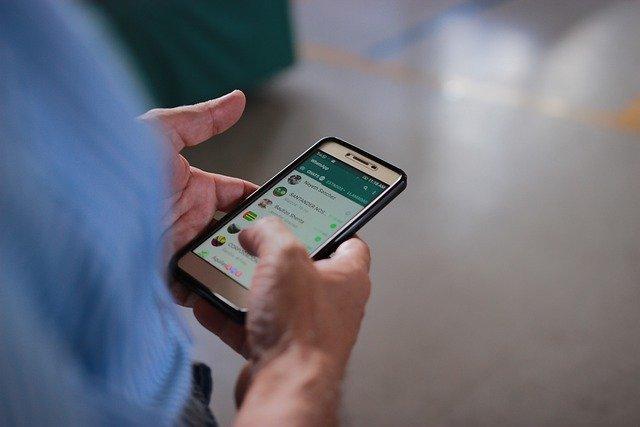 aprende cómo programar mensajes de WhatsApp en android