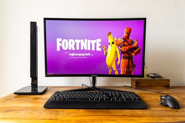 requisitos mínimos para jugar Fortnite en una PC